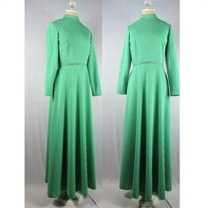Vintage 50s dress gown long sleeve pastel green M